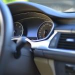 車のサンシェードで温度は上がらない?フロントの選び方は?
