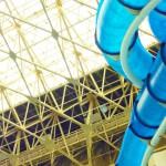 プール 東京で通年OK!スライダーがある屋内でオススメは?